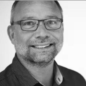 Morten Weeth, Multikant